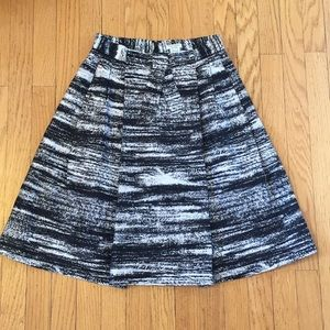 Kate Spade Black & White a-lined skirt